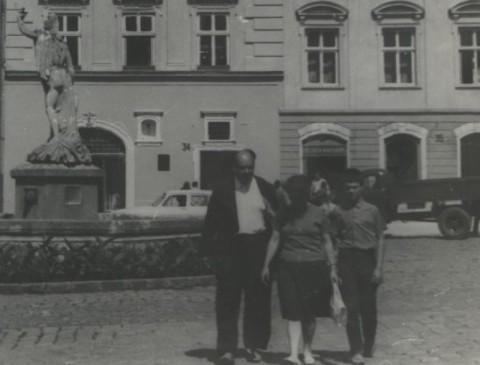 А.В.Чичерин, Е.В.Тутунова, А.С.Тутунов (Львов, август 1968 г.)