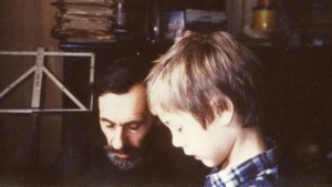 С.А. Тутунов с внуком С.А. Тутуновым (ныне о.Савва) (примерно 1983 год)