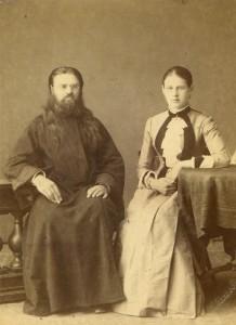 Священник Николай Сахаров с супругой Елизаветой
